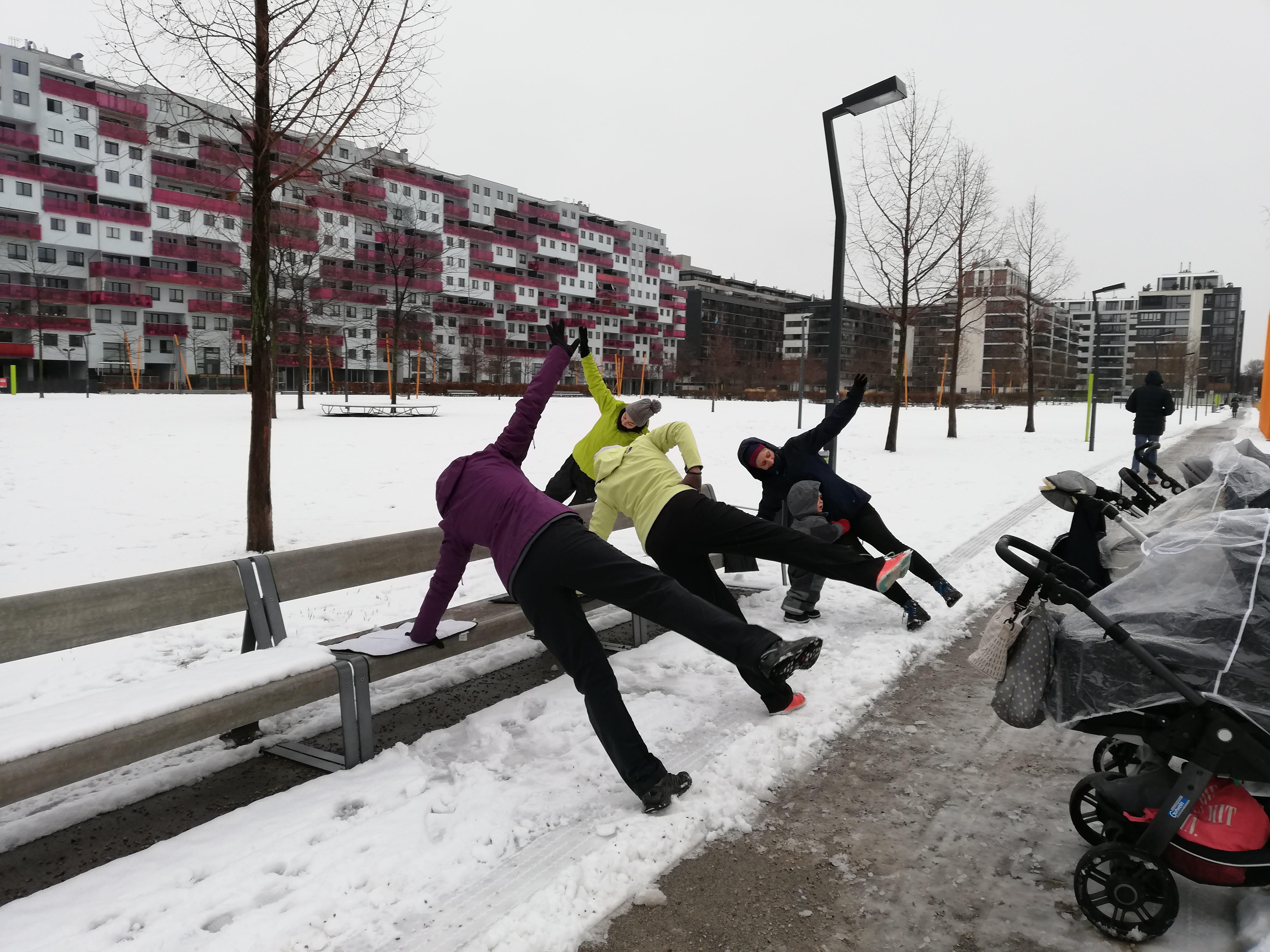 mamaFIT im Rudolf-Bednar-Park