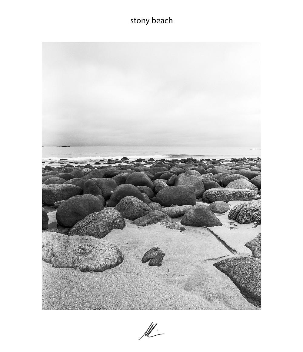 Uttakleiv Beach, Lofoten, Fine Art Photography, Schwarz-Weiß Fotografie, analog Fotografie