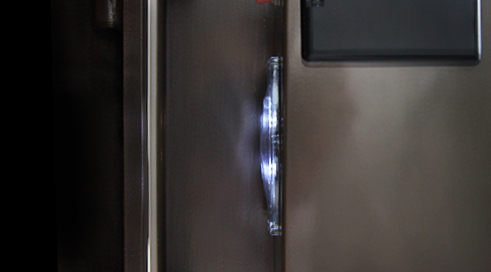 內置LED照明燈 開門自動開啟