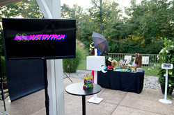 Modern Open Air Photo Booth