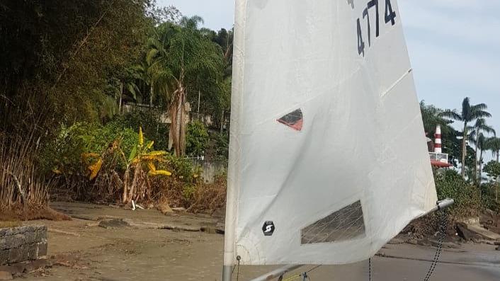 Dingue Holos - seminovo - layout de regata