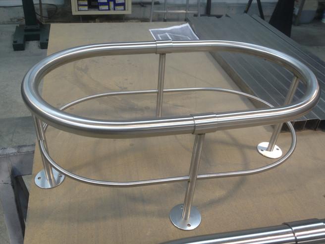 Structure en tube sur-mesure