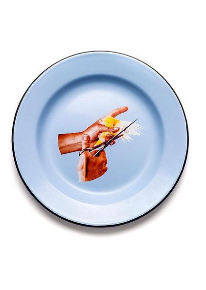 Plate Metal Enameled ''Toiletpaper'' Bird