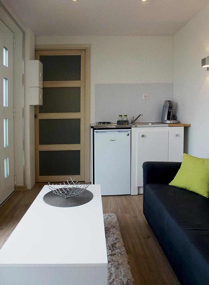 Maisons et studios modulaires ikub concept solo 12m for Studio amenagement interieur