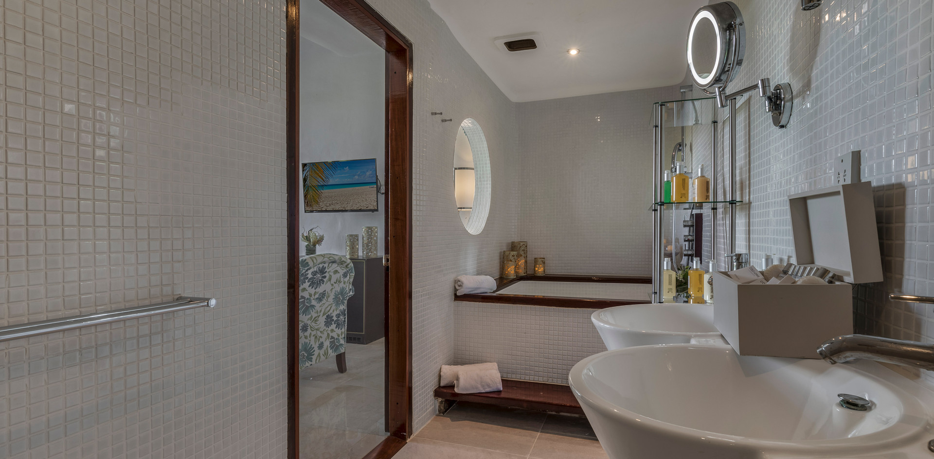 Main house bathroom with 2 person jacuzzi tub