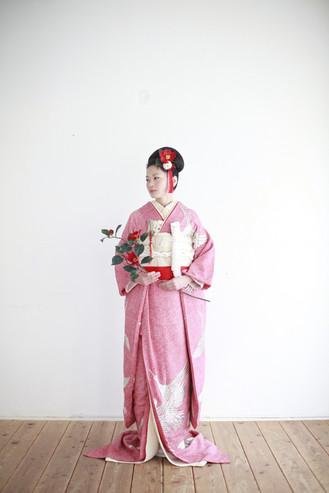婚礼衣装 色打掛 引き振袖 アンティーク着物 絞りs.jpg