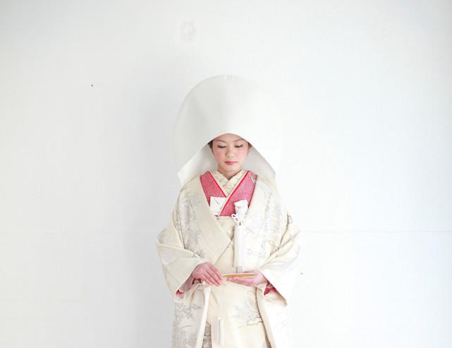 婚礼衣装 色打掛 引き振袖 アンティーク着物 白無垢s.jpg