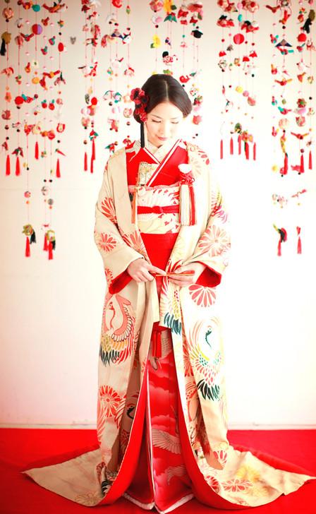 婚礼衣装 色打掛 引き振袖 アンティーク着物 赤s.jpg