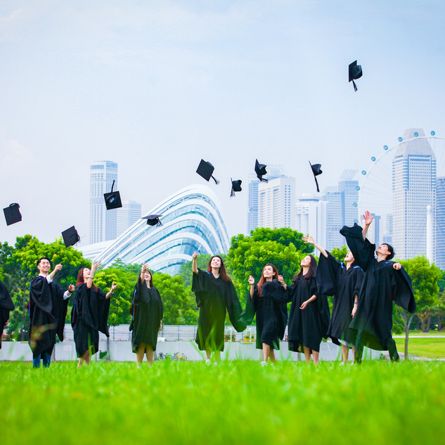 Outdoor Graduation Photography