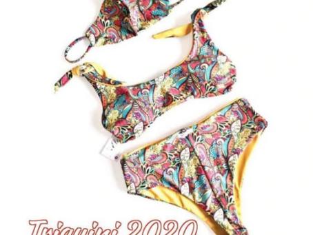 Mascherina e bikini: sarà il nuovo trikini? Dispositivi abbinati a camicie e valigie.