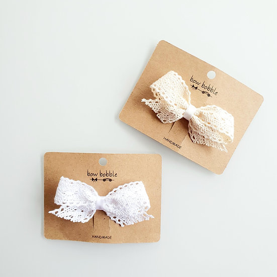 DAINTY LACE BOW