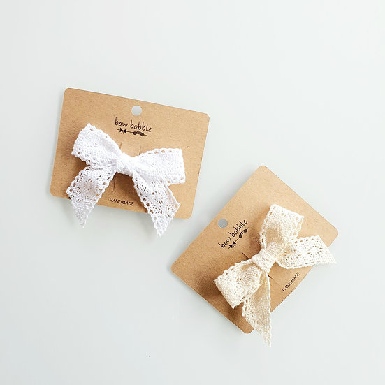 WHIMSICAL LACE BOW