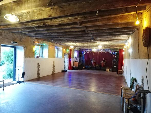 Dance space Irodouer.jpg