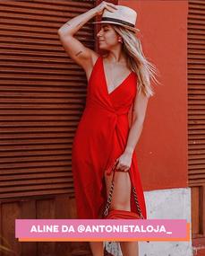 aline-antonieta.png