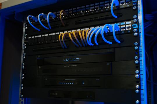 Rack - pakedge networking
