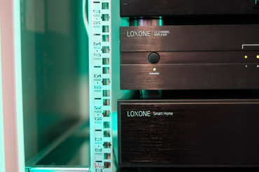 LOXONE Music Server + 12ch zosilňovač