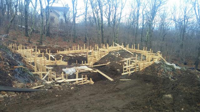 A Proper Foundation: A CustomVacationHome in Wintergreen, VA