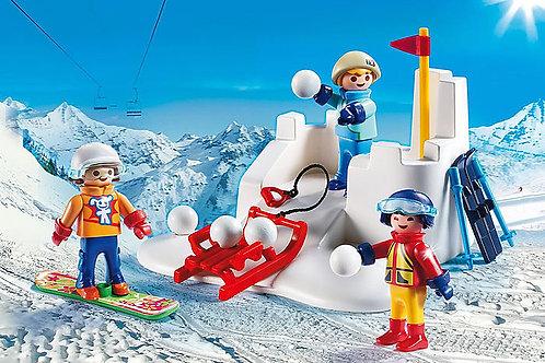 Snowball Fight - 9283