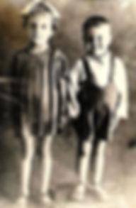 Нелля(1939) и Юра(1941) Перепаловы. Снят