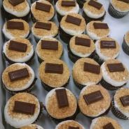 Summer time smores cupcakes!.jpg