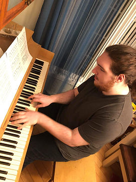 piano gars.jpg