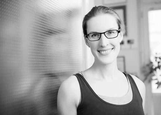 Svenja Borchers Elsfleth Oldenburg Wesermarsch Yoga Personal Privatstunden Yogatherapie
