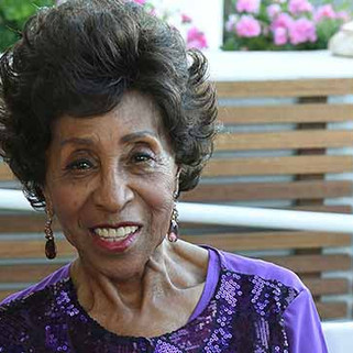 'Jeffersons' Star Marla Gibbs Appears to Pass Out at Hollywood Walk of Fame Ceremony
