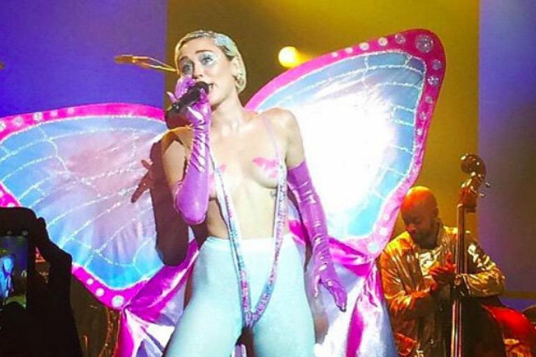 Miley-Cyrus-AdultSwimUpfront.jpg