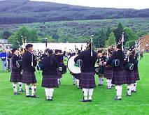Northern_Constabulary_Pipe_Band_at_Cowal