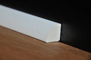 פנל פולימרי פינתי מעוגל 1.9 לבן