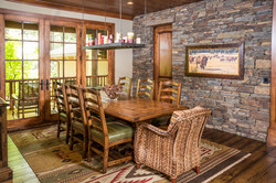paradise-mountain-dining-room