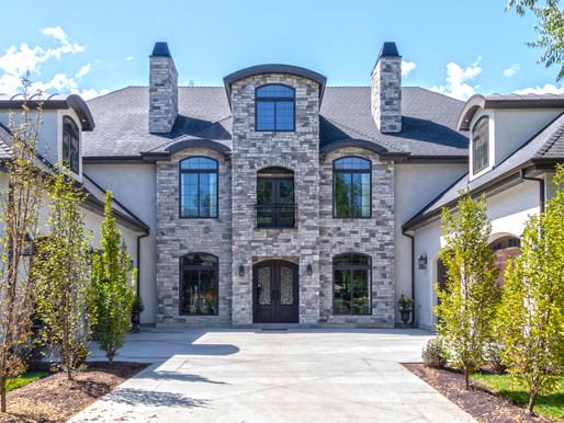 Stone Veneer: A Beautiful Upgrade for a Bland Foundation