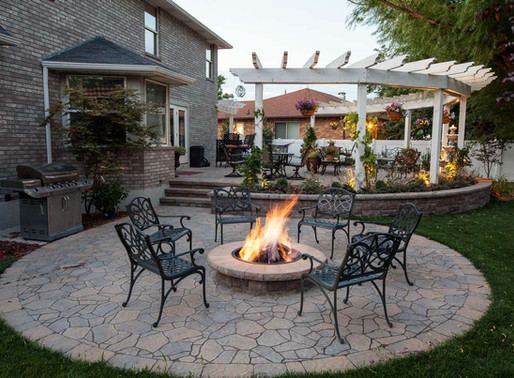 Make a Firepit the Center of Your Outdoor Lounge