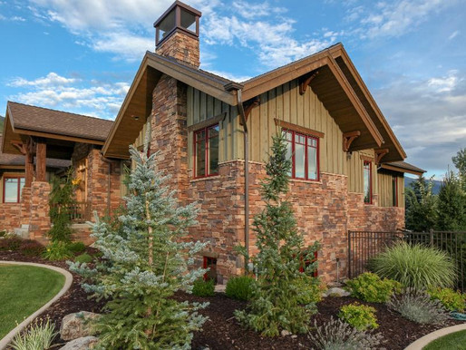 3 Stone Veneer Siding Misconceptions & the Truth Behind Them