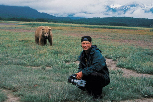 Art and Isolation: The Existentialism of GRIZZLY MAN