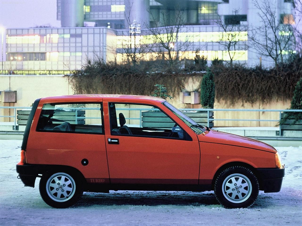 Lancia-Y10