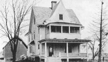 Andrew and Nellie Kehoe's house before the disaster