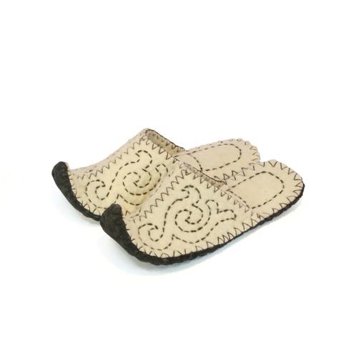 80d00164278e0 Felt slippers home shoes handmade slippers boiled wool slippers christmas  gift