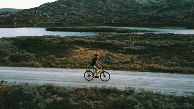 Kalkhoff elsykkel pendling grusvei oslo sykkelverksted sykkel
