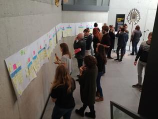 """""""Wall Walk"""" (Methode Contextual Design) zur Ermittlung der Bedürfnisse und Interessen von blinden Menschen und Gästen mir kognitiven Einschränkungen im Projekt """"Klartext Kunst!"""" im Museum am Dom Würzburg (SoSe 2019)"""