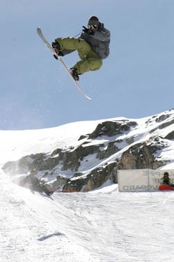 Figure en snowboard