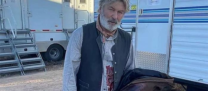 El actor Alec Baldwin mató accidentalmente a una mujer durante un rodaje