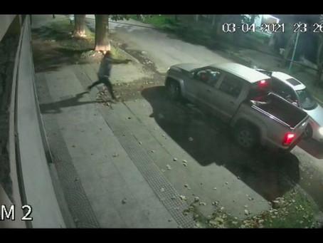 Un panadero atacó a disparos a un grupo de delincuentes