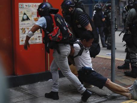 La foto que da la vuelta al mundo : Violenta represión en Hong-Kong se produjo en las últimas horas.