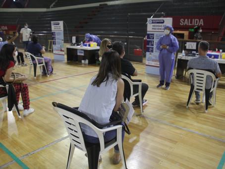 Entregarán 500 números diarios para inmunizar al personal de Salud