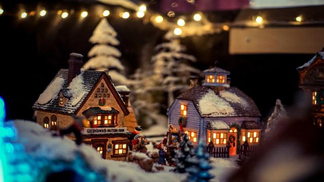 christmas village escape room