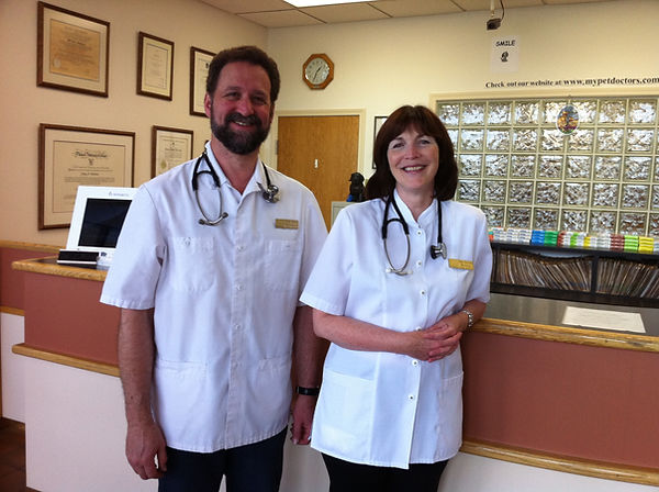 Dr Jeff Goldman and Dr Jayne Buchan Nanaimo Veterinarians