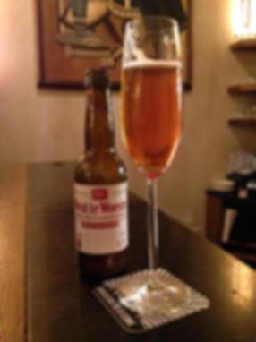 étiquette de bière spéciale, nuetnigenough brasserie bruxelloise, chan graphiste, brasserie bruxelloise, brasserie dégustation, brasserie qualité, brasserie caractère, packaging bière belge
