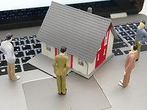 housing-shortage-4532393_1920_edited.jpg