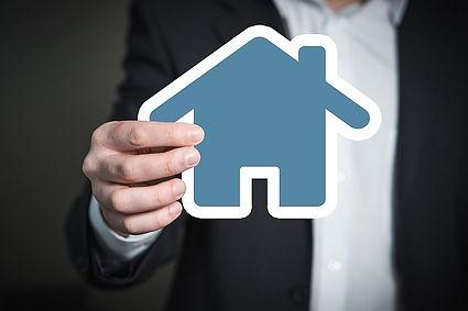 Immobilienmakler in Ostfriesland sind diskret und Fair und Freundlich hilft Ihnen in allen Lebenslagen